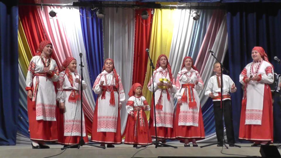 Горняк выпуск.муз.школы частушки хор 2014[16-56-01]