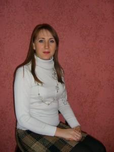 Заведущая фольклорным отделением Кристиненко Любовь Владимировна