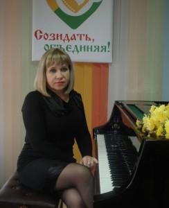 khodakova-832x1024